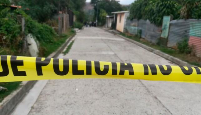Cuatro familiares de un agente de la PNC fueron asesinados en Ayutuxtepeque y Ciudad Delgado
