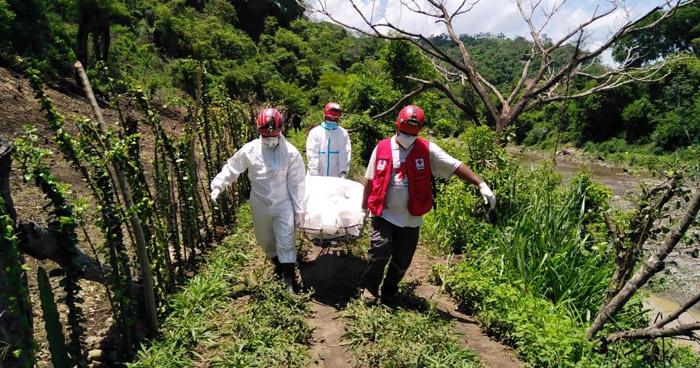 Recuperan cadáver encontrado a orillas del Río Acelhuate