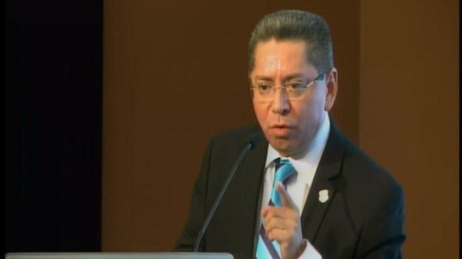 Fiscal General tilda de ignorantes a jueces del país frente a casos emblemáticos