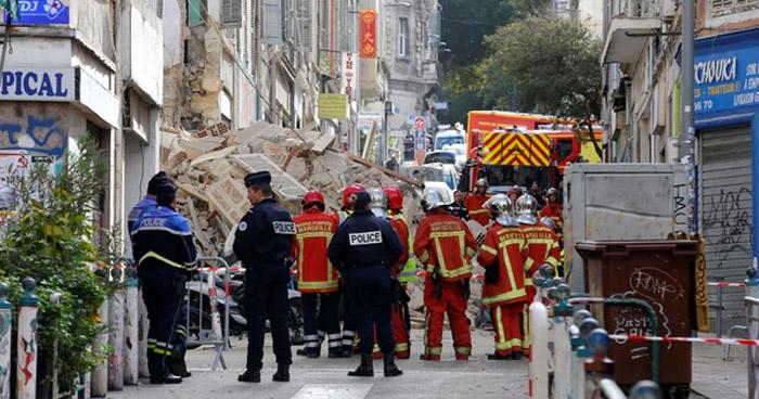 Tres muertos y varios desaparecidos deja derrumbe de dos edificios en Francia
