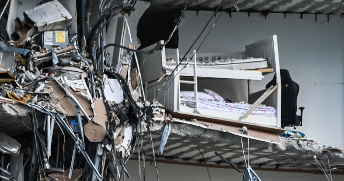 Sube a 9 el número de muertos por colapso de un edificio en Miami