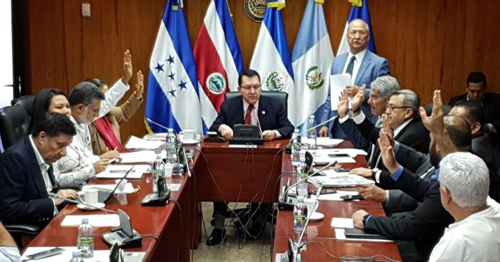 Diputados pedirán la destitución del presidente de ANDA por crisis de agua