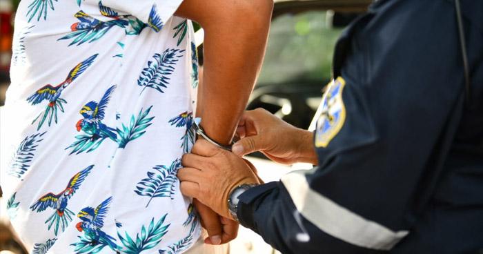 Detenidos por conducir con más de 100 mg/dl de alcohol