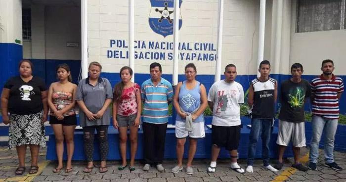 Liberan a capturados por usurpar viviendas en Vista al Lago, Ilopango