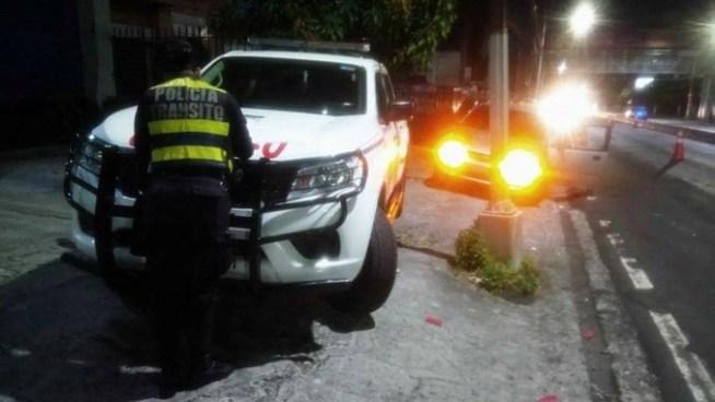 Detienen a dos hombres y a una mujer en San Salvador por conducir en estado de ebriedad