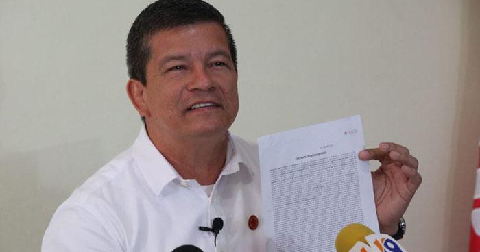 Diputado del FMLN explicó sobre el cheque de $27 mil que recibió de CIFCO