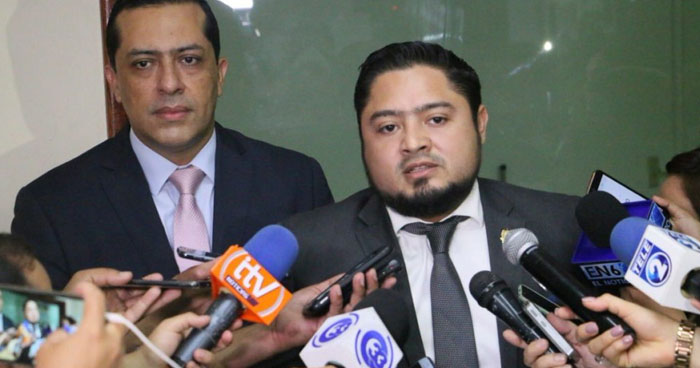 Diputado propone dar recompensa a policías que maten a pandilleros en defensa propia