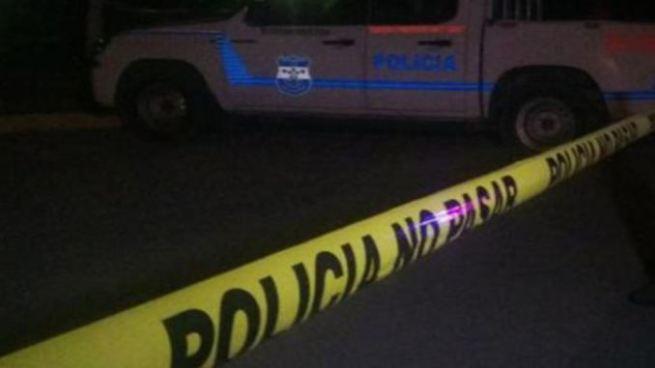Asesinan a balazos a una vendedora de ropa en el centro de San Salvador