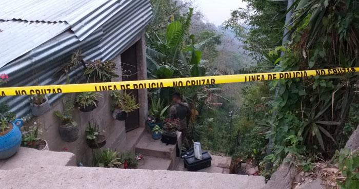 Asesinan a dos pandilleros al interior de una vivienda en Santiago Texacuangos