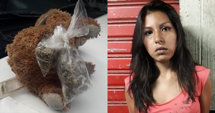 Joven ocultaba la droga que distribuía en un oso de peluche