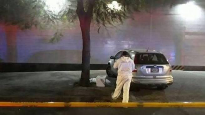 Narcos mexicanos dejan dos cabezas humanas con una nota de amenaza frente a sede de Televisa