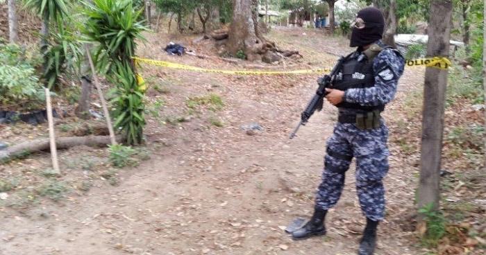 Pandillero muerto tras intercambio de disparos con policías en La Libertad