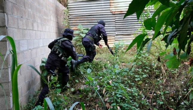 Un pandillero muerto, otro lesionado y un sargento de la PNC herido tras enfrentamiento en Soyapango