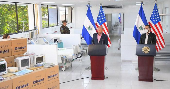Presidente Bukele recibe 250 ventiladores mecánicos donados por EE.UU. para enfrentar el COVID-19