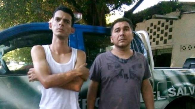 Capturan a hondureño y colombiano que instalaban dispositivos en cajeros automáticos para clonar tarjetas
