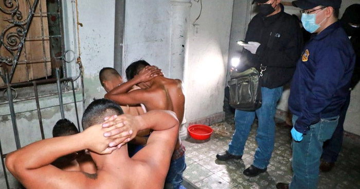 Desarticulan clicas de la MS que extorsionaban a comerciantes del Centro de San Salvador