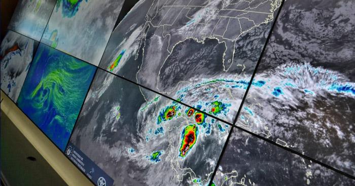 Eta pierde fuerza y se convierte en depresión tropical, generará lluvias en todo El Salvador