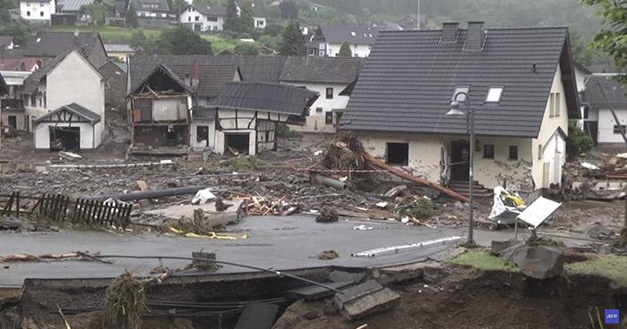 Más de 100 muertos tras temporal de lluvia en Europa