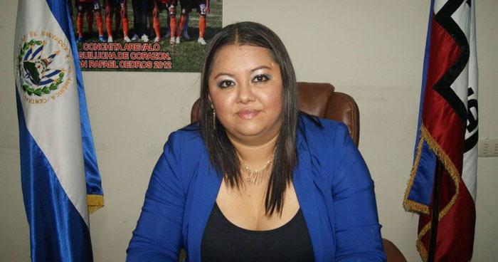 Condenan a exalcaldesa de ARENA por malversación de los fondos públicos