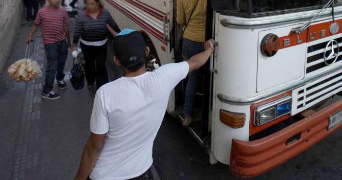 Pandilleros exigieron hasta $5 mil de extorsión a transportista de San Salvador