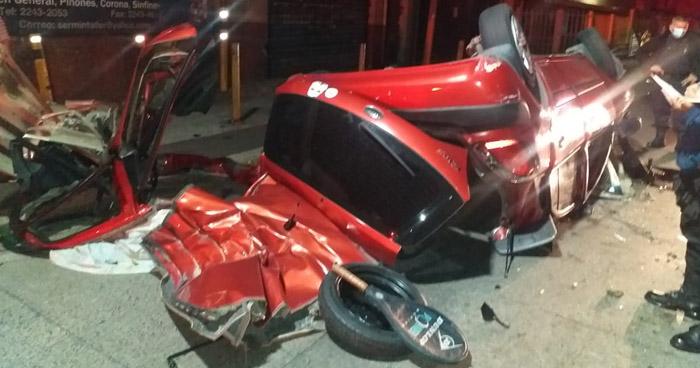 Un lesionado tras fuerte accidente en Antiguo Cuscatlán