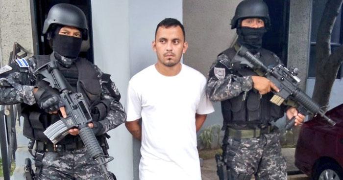 Extraditan a sujeto buscado por asesinato cometido en Virginia, Estados Unidos