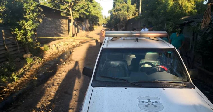 Asesinan a mujer y abandonan su cadáver en quebrada de Ahuachapán