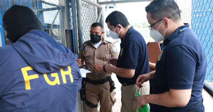 Fiscalía finaliza allanamientos en Centros Penales