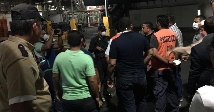 Varias familias se intoxicaron por fuga de gas amoniaco de una empresa en Soyapango