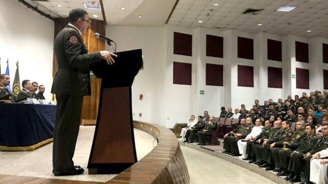 FAES gradúa a nuevos oficiales del Estado Mayor y profesores militares