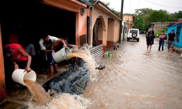 Siete personas fallecidas y 50.000 afectadas tras fuertes lluvias en Guatemala
