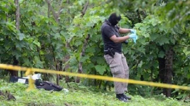 Asesinan a balazos a un hombre en un cementerio de La Paz