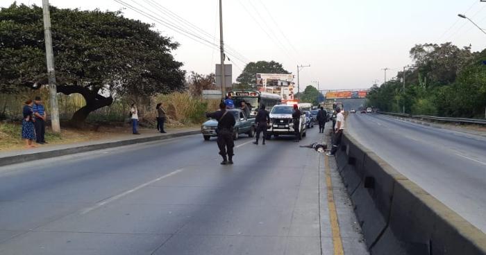 Una persona murió tras ser atropellada esta mañana en la autopista Los Chorros