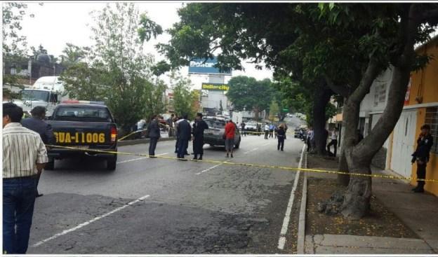 Hombre se corta el cuello luego de atropellar a varias personas en Guatemala