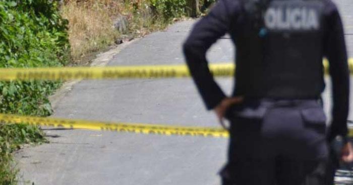 Hombre fue asesinado en la entrada de una comunidad en Ciudad Arce, La Libertad
