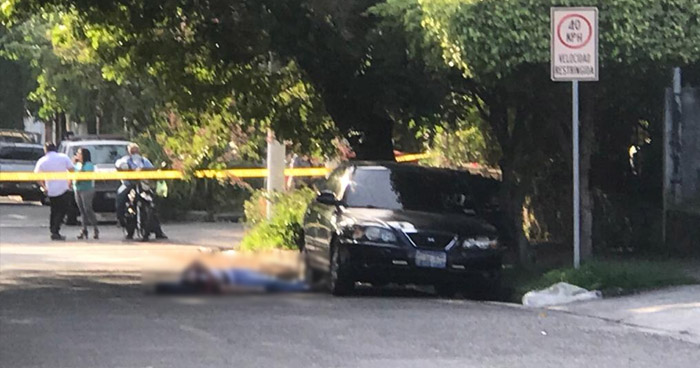 Asesinan a vendedor en colonia Flor Blanca, San Salvador