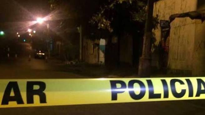 Asesinan a balazos a un joven en barrio San Esteban, San Salvador