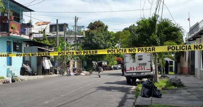 Policías abaten a pandillero que los intentó atacar con una granada, en colonia de Ilopango