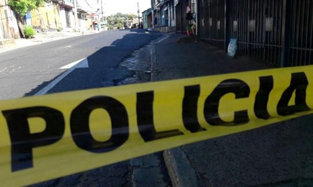 Matan a un joven cerca de una escuela en el centro de Mejicanos, San Salvador