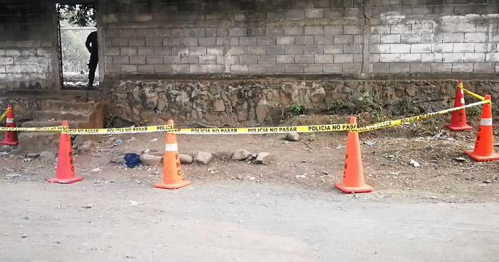 Hombre fue asesinado adentro de una cancha en Moncagua, San Miguel