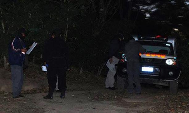 Delincuente mata a balazos a una mujer frente a su hija en Nejapa