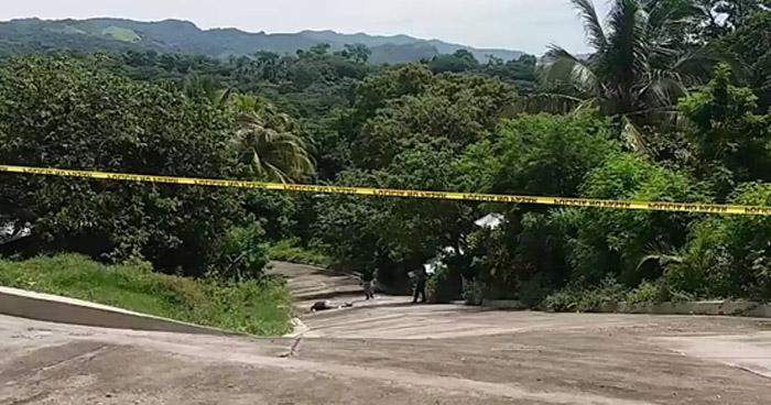Matan al propietario de una tienda en una cancha de Olocuilta, en La Paz