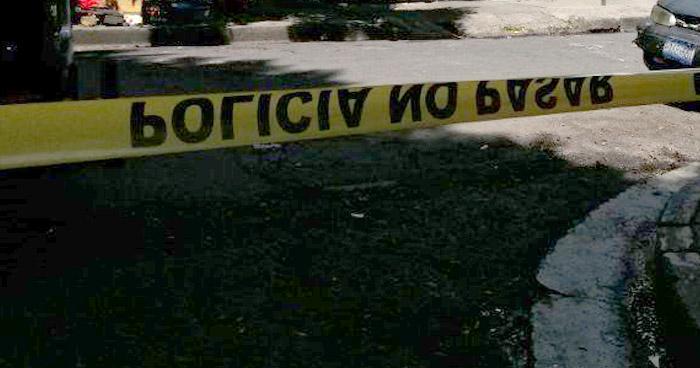 Matan a un pandillero al interior de un mesón de San Salvador