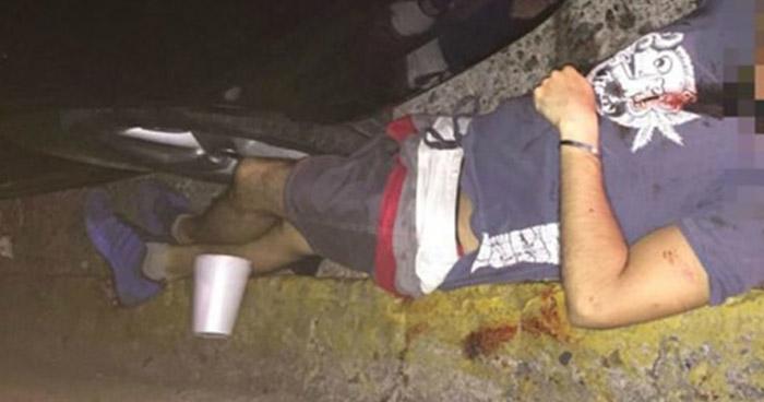 Acribillan a balazos a un joven en calle principal de Quezaltepeque, La Libertad