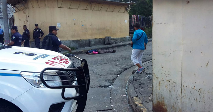 Un muerto y dos heridos tras ataque armado en el centro San Salvador