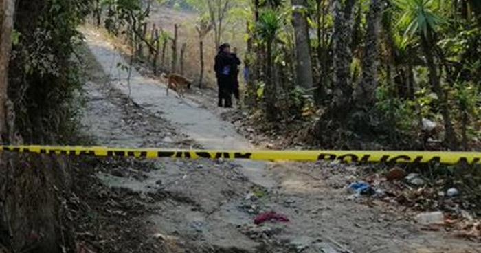 Asesinan a un hombre frente a una cancha en San Pedro Perulapán, Cuscatlán