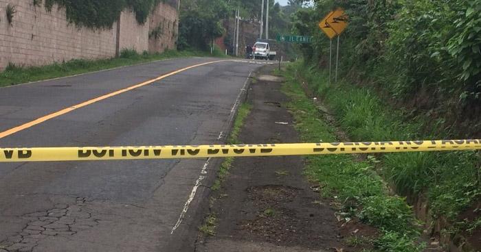 Criminales acribillan a balazos a un hombre, que se conducía a bordo de un pick up en Sonsonate