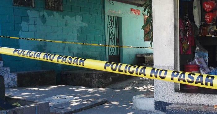 Delincuentes asesinan a golpes a un anciano de 90 años por robarle, en Soyapango