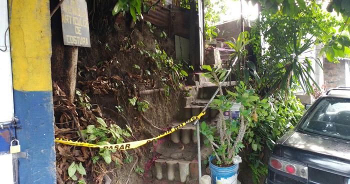 Agente de la PNC se suicida tras asesinar a su padre en Santo Tomás, San Salvador