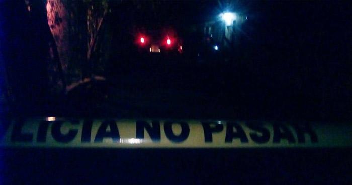 Asesinan a un sujeto relacionado a pandillas y abandonan su cadáver al interior de un cañal, en Usulután